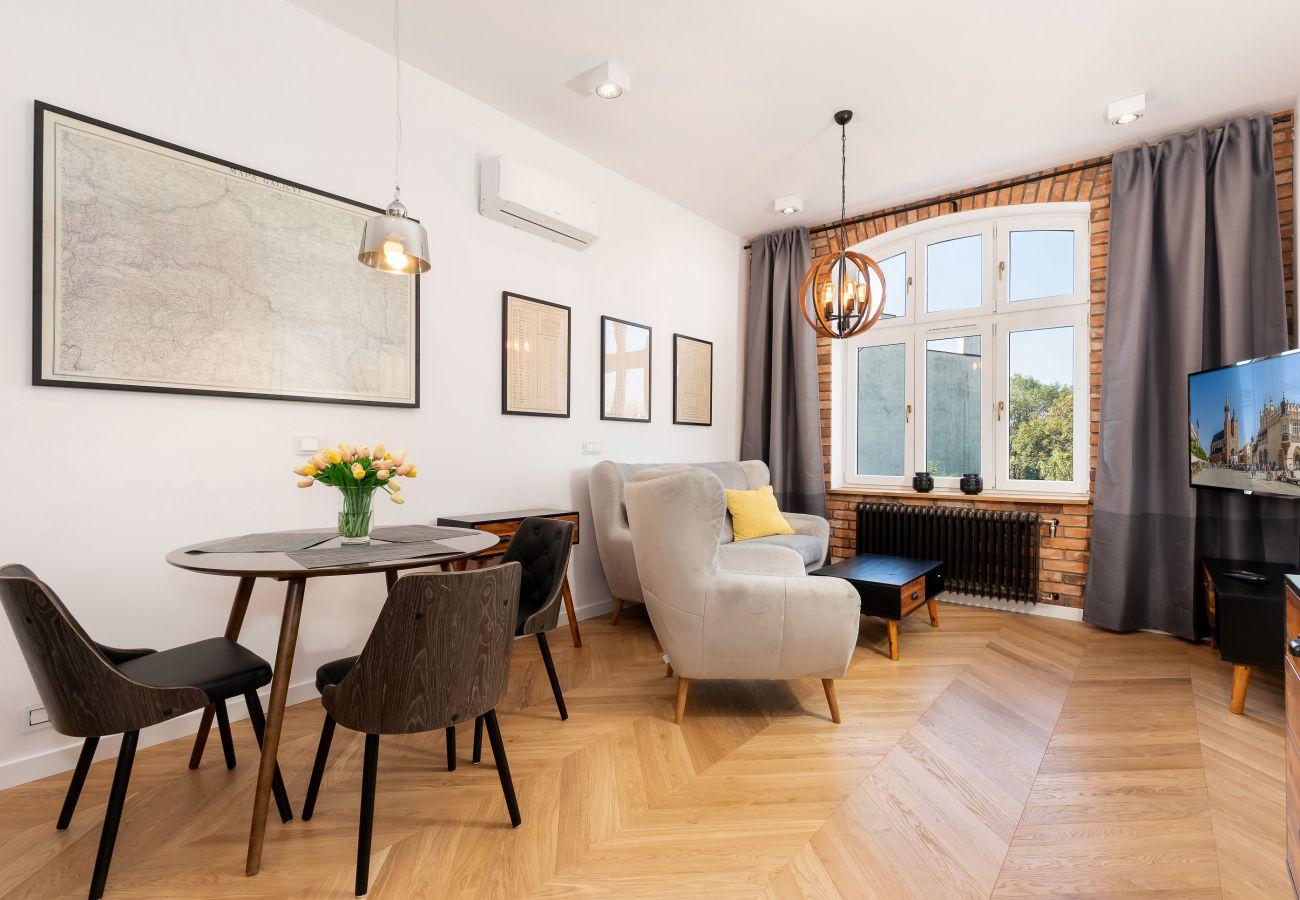 salon, stolik kawowy, sofa, telewizor, jadalnia, stół, krzesła, wynajem
